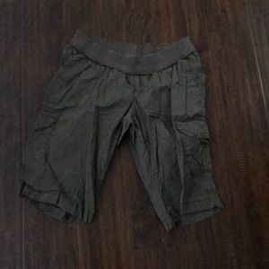 Maternity brown large cargo shorts